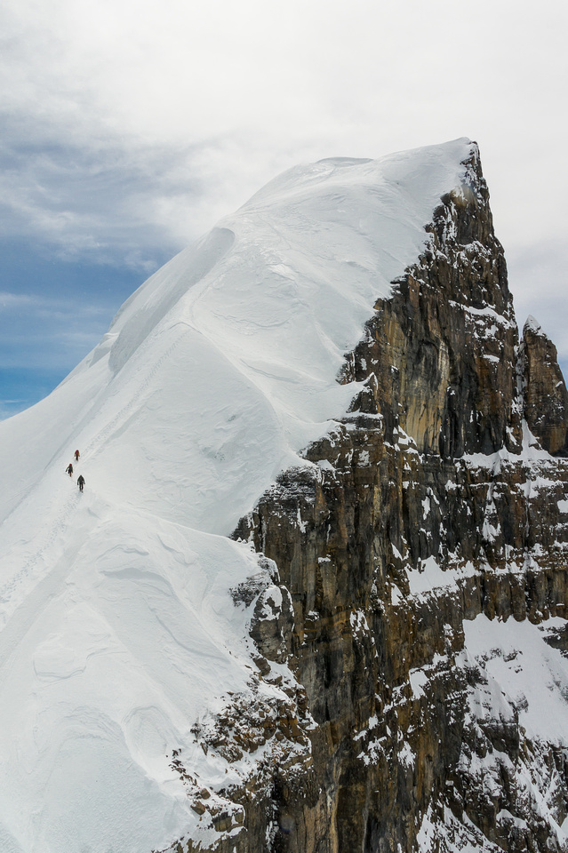 Raf's photo of JW, TJ and I climbing back up North Twin.