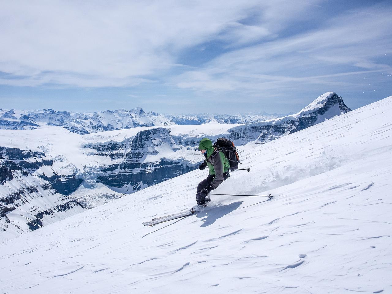 JW skis the south ridge of North Twin.