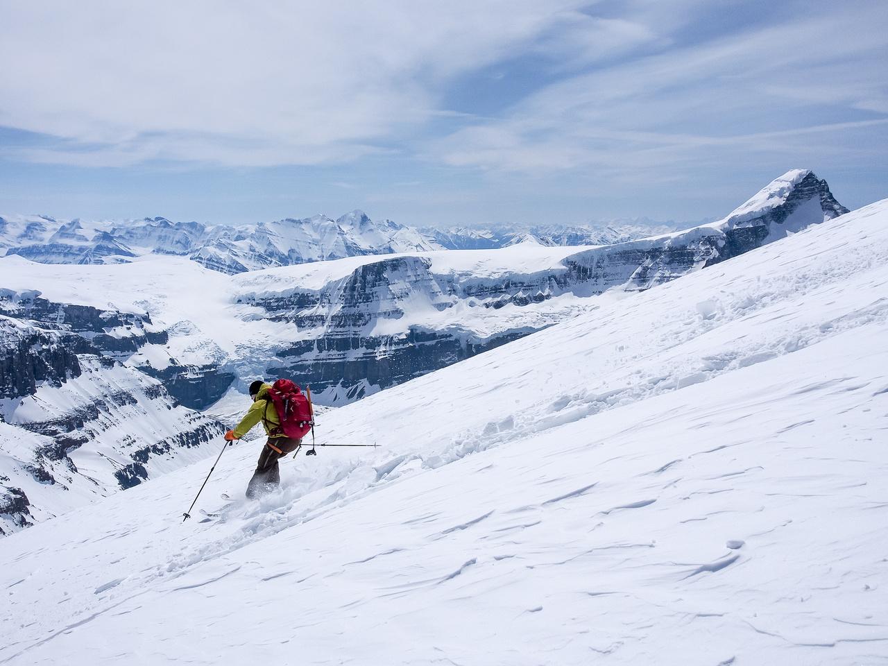TJ skis the south ridge of North Twin.