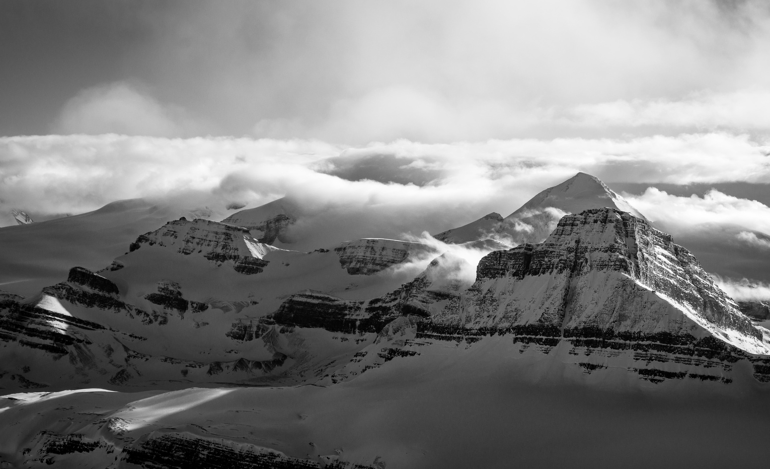 Looking over Peyto (L) and Mistaya (R) towards the towering Mount Baker.