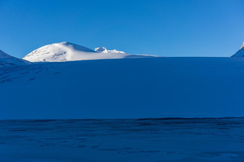 Approaching the Saskatchewan Glacier.