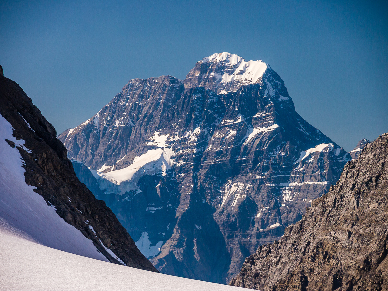 One of my favorite shots of the mighty Mount King George!