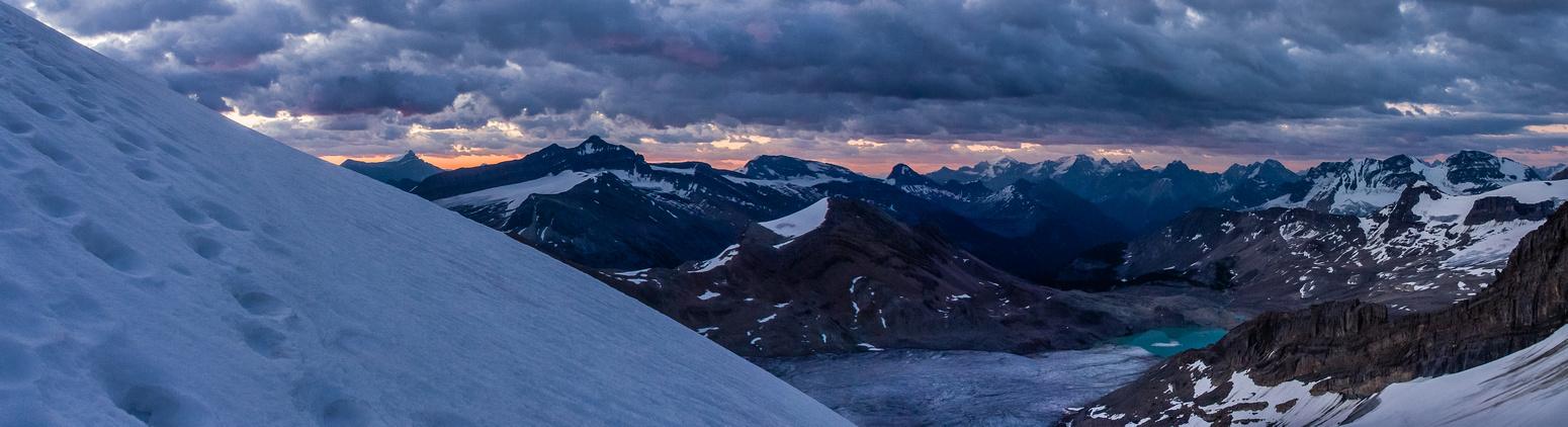 Looking back over the des Poilus Glacier.