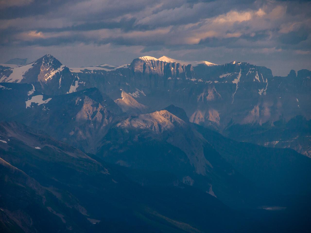 Mount Amery and Hooge Peak.