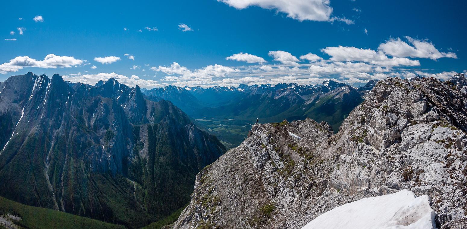 On the ridge - delightful scrambling terrain.