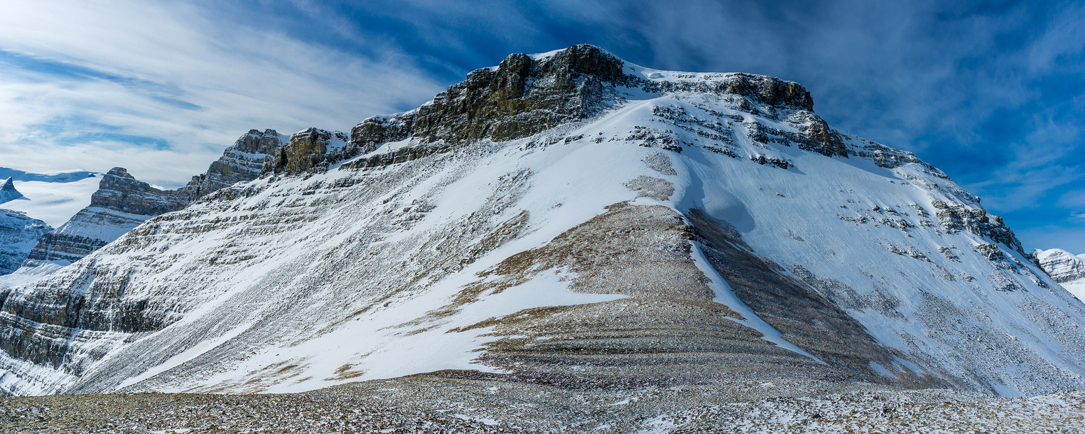 This is the false summit that Raf reached from the other side without me in  2007.