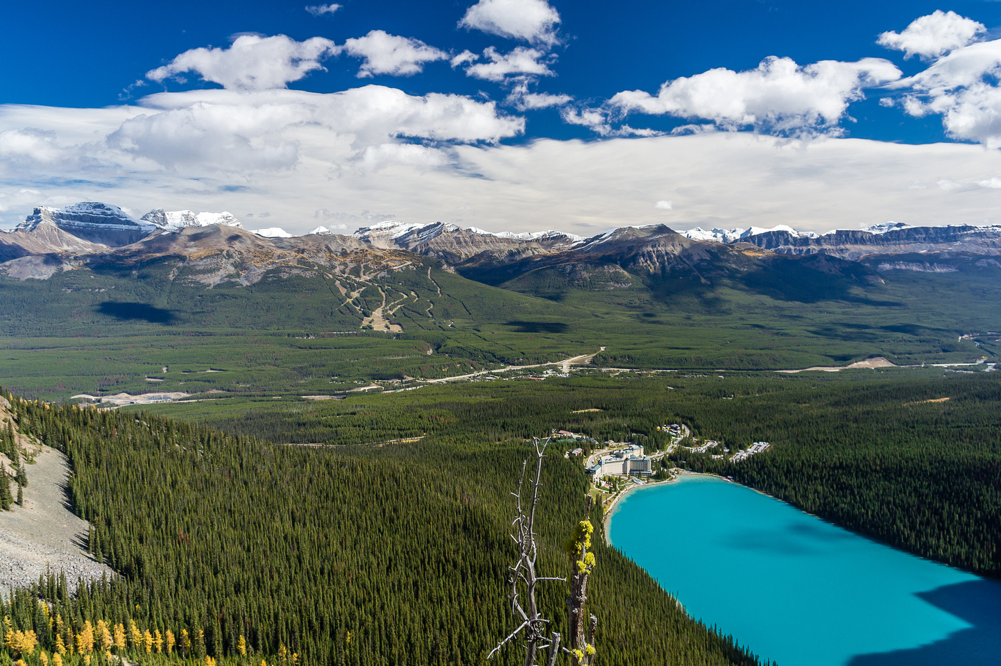 The Lake Louise ski resort lies across the TCH.