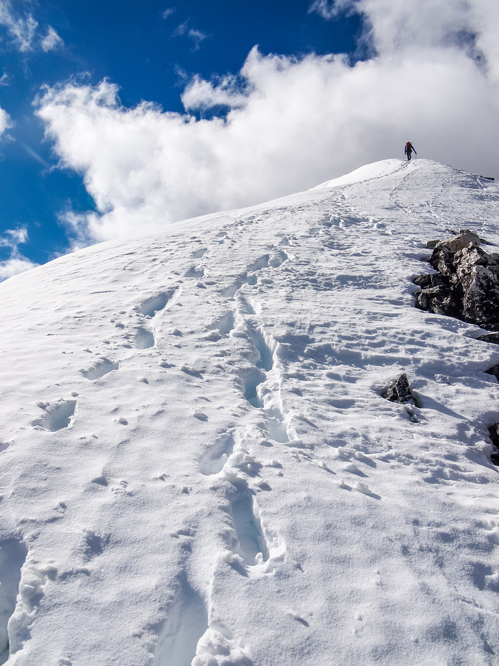 More snow to the summit.