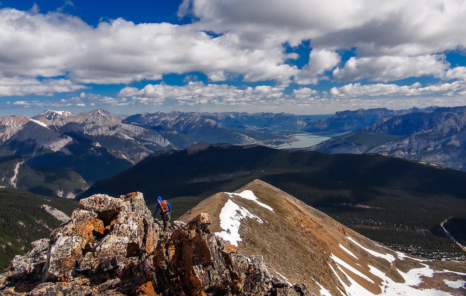 More gorgeous scenery on the ridge.
