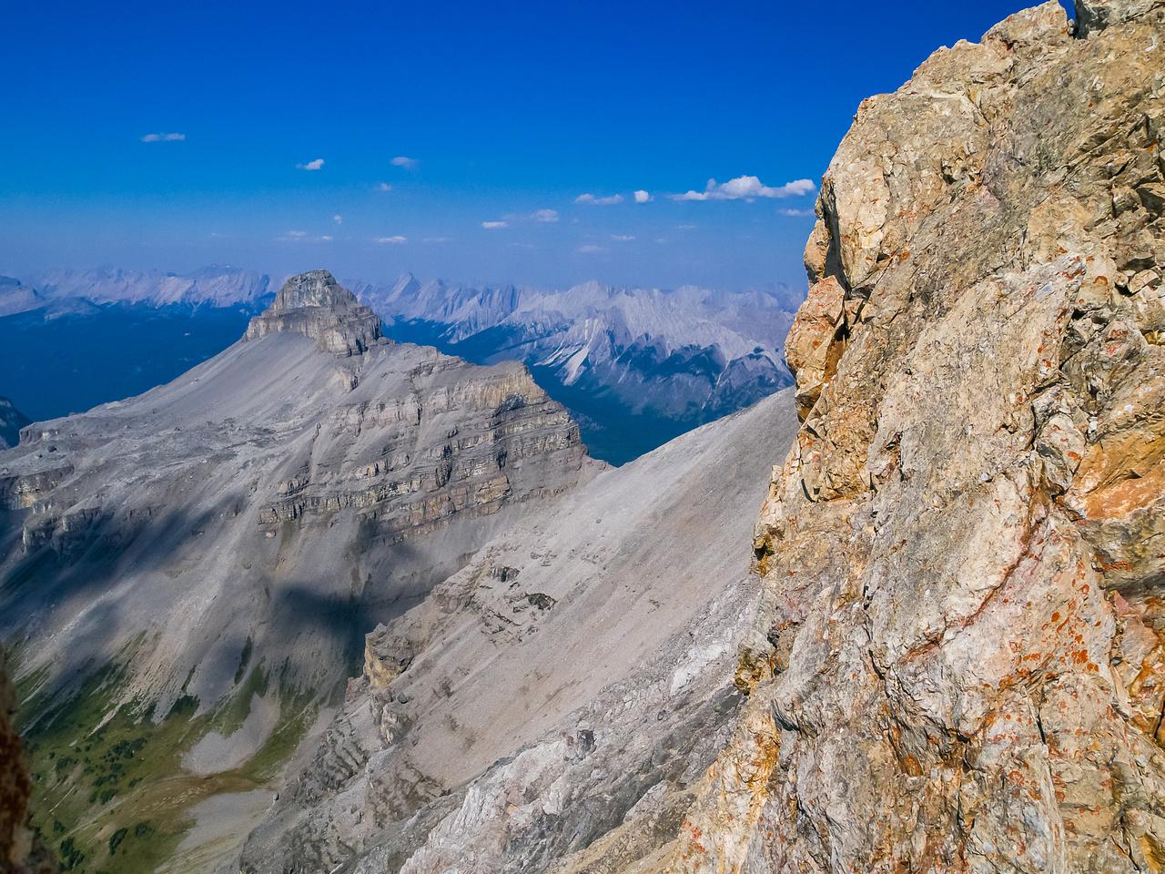 Descending the west ridge of Brett.