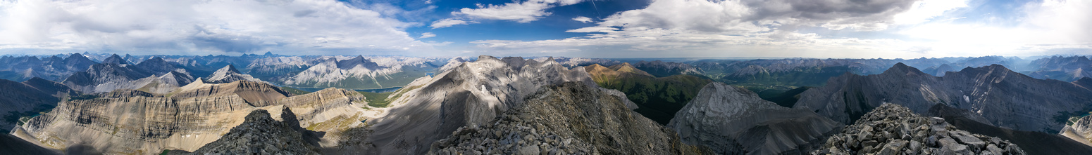 Another huge summit panorama.