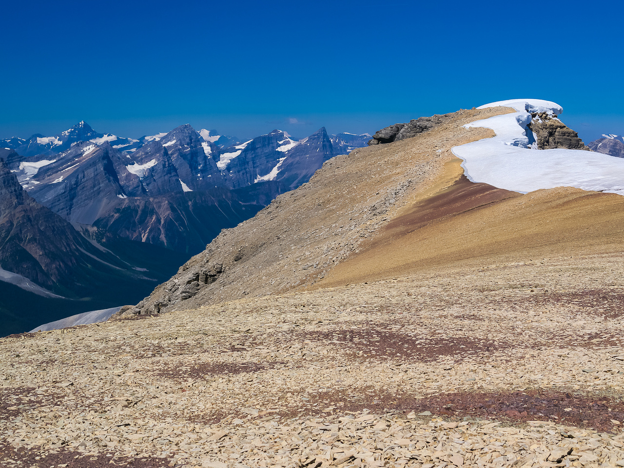 Still traversing over to the main summit - trying not to get too distracted by all the wonderful views!