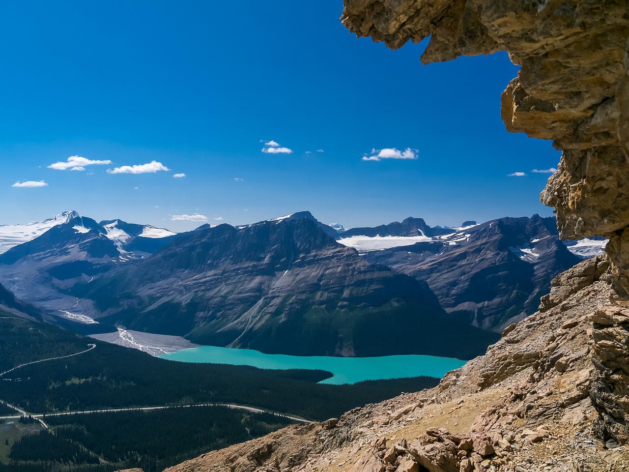 Great views of Peyto Lake as I descend.