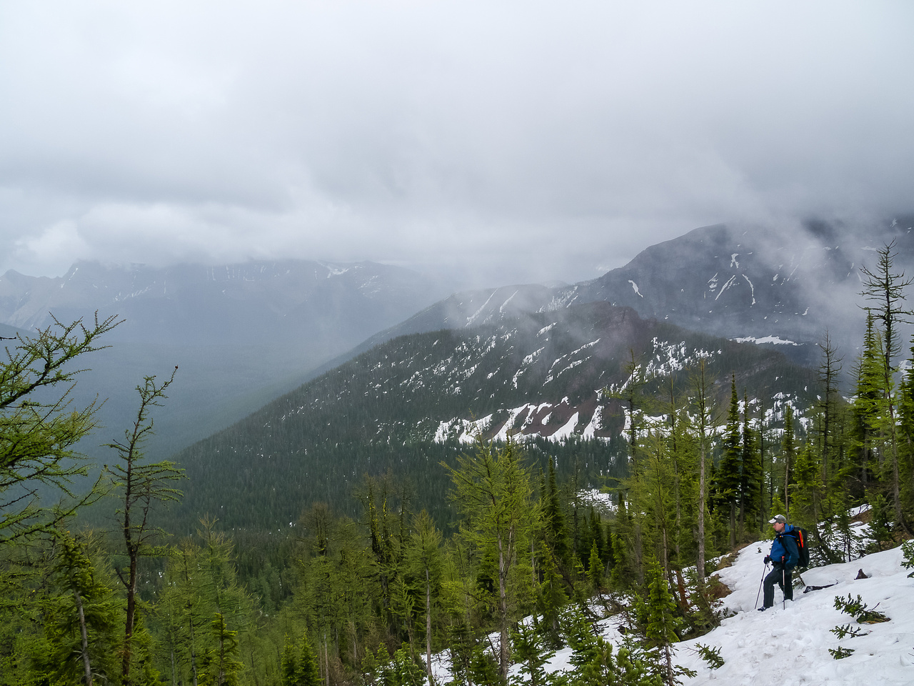 After traversing the entire ridge in clouds / rain we are now descending from Bennett Pass