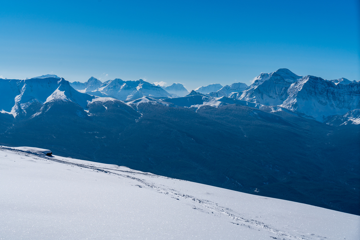 Views towards Little Copper (Gibbon Pass) and Mount Ball (R).