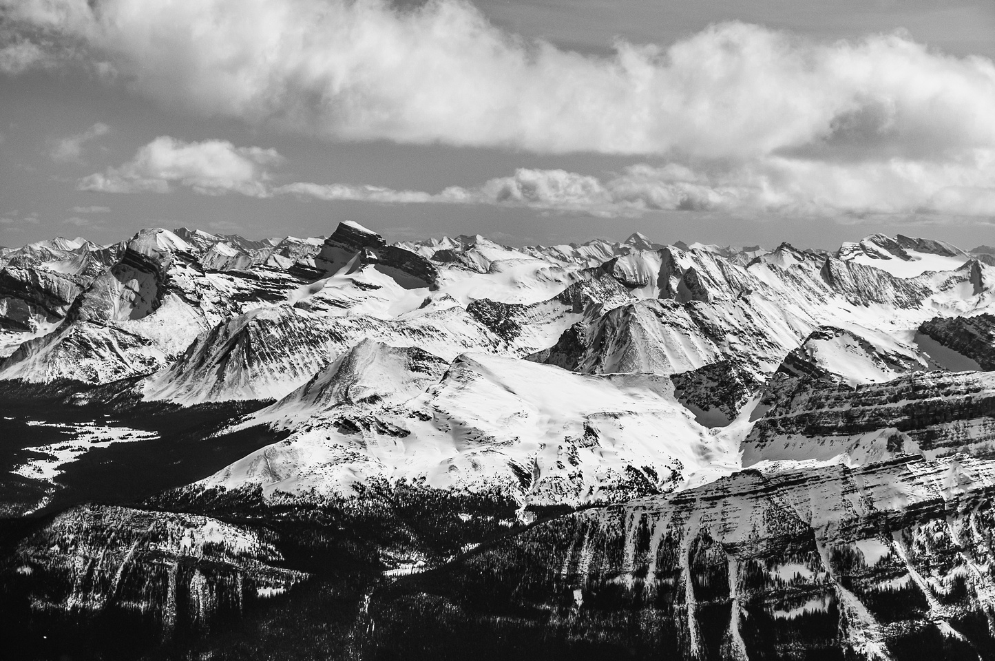 Tele shot towards Skoki with Douglas and St. Bride clearly visible on the left and Skoki, Oyster, Fossil peaks visible.