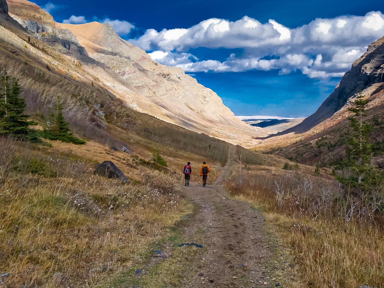 A long, but easy, walk back along South Drywood Creek.