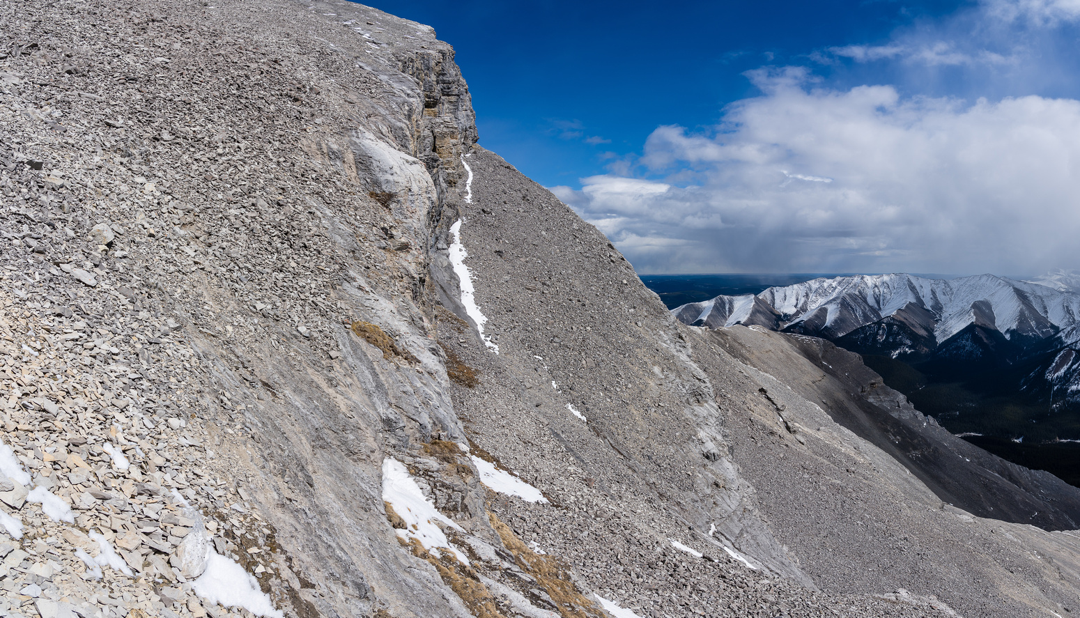 Time to get back onto (and then up!) our scree ledge to the SE ridge.