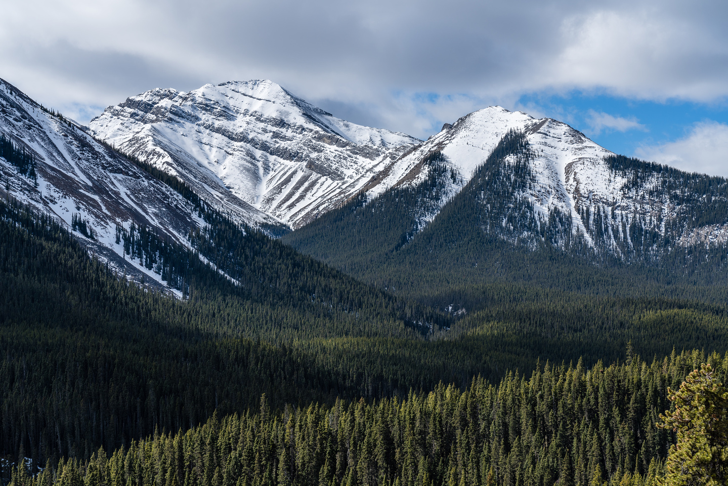 Otuskwan Peak looks great from this angle.