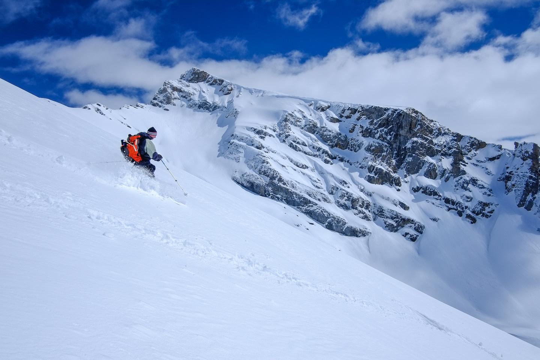 Skiing the west face of Ramp Peak.