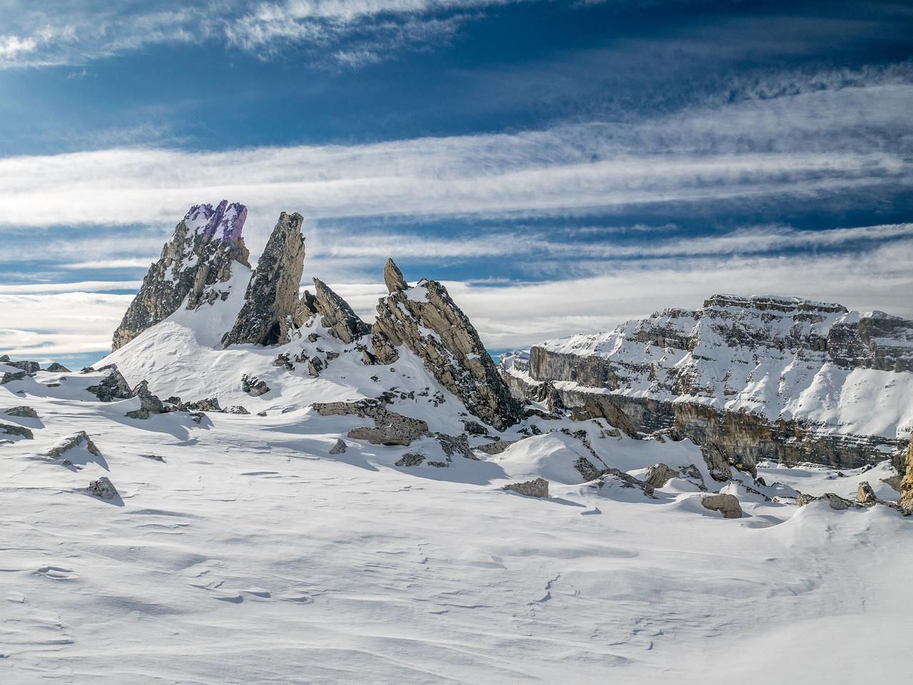 Incredible scenery on the ridge.